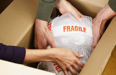 Tips to Pack Fragile Things For Moving